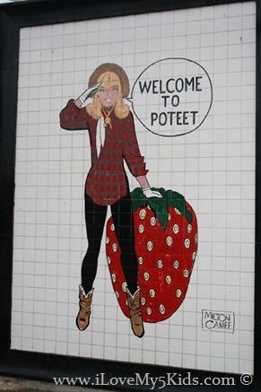 World's Largest Strawberry ilovemy5kids Poteet