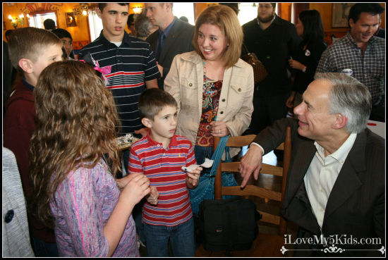 Kids asking Greg Abbott Questions