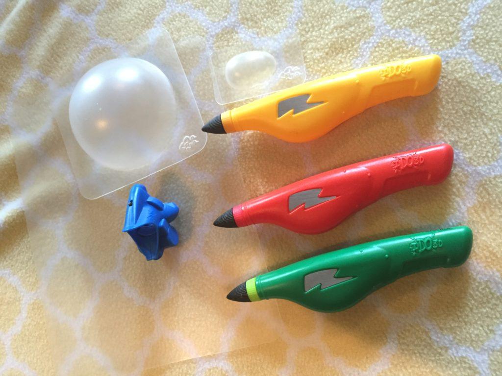 IDO3D Vertical Three Pen Zoo Art Set with 3D Vertical Light